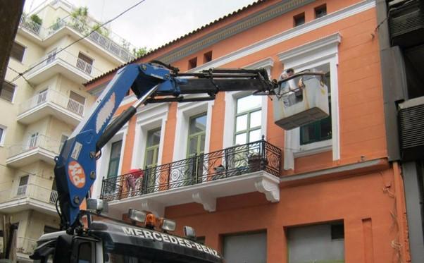 Καλαθοφόρα: 4 σημαντικά πλεονεκτήματα στις επισκευές και συντηρήσεις κτιρίων